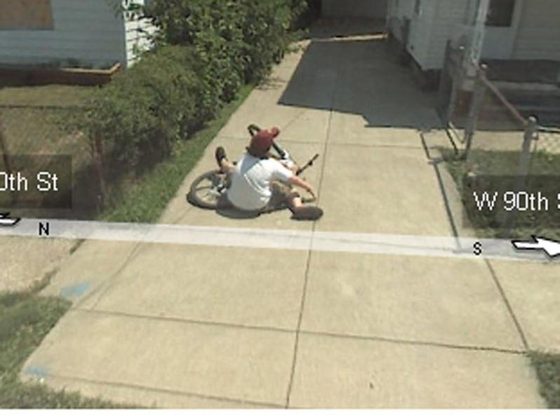 Random Hilarious Photo Capture Pictures by Google Maps! LOL!