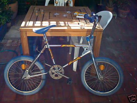 youtube s reknaz super maxx radical bike sold 500. Black Bedroom Furniture Sets. Home Design Ideas