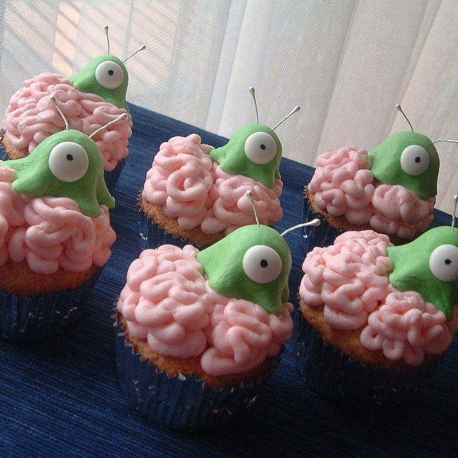 Futurama Brain Slug Cupcakes by Alicia Policia! Best Alien Cupcakes ...